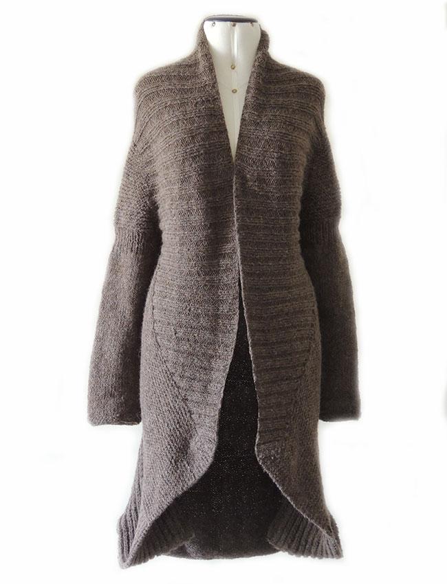 PFL knitwear Handgebreid vest in alpaca.