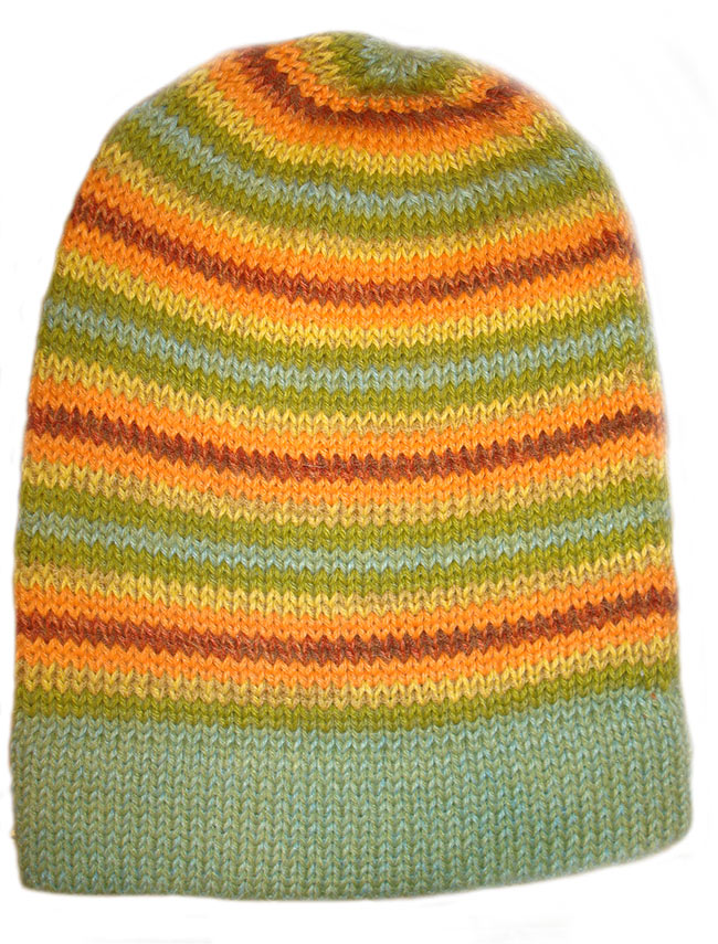 001-31-2004 muts in 100% 50% alpaca - 50% acryl in diverse kleuren