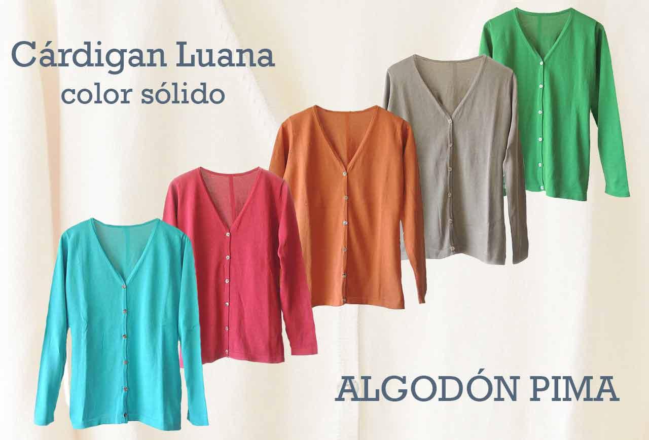 La moda femenina  cárdigan Luana,  clásica en colores sólidos en 100% algodón pima.