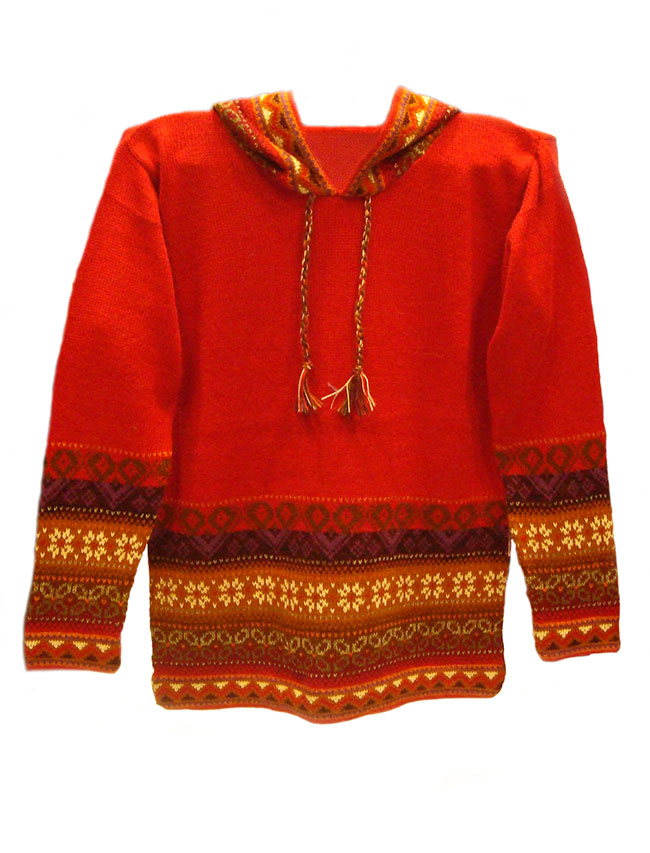 Hooded sweater in alpaca P43 Muru red.