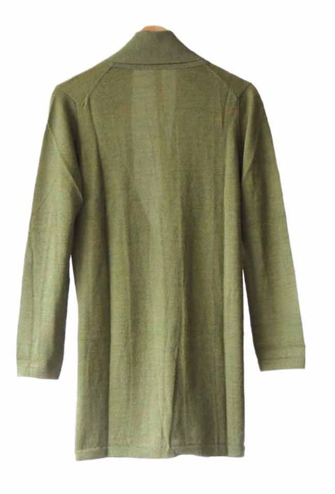 Classic fine knitted loose fit cardigan in luxurious ultra soft baby alpaca, green