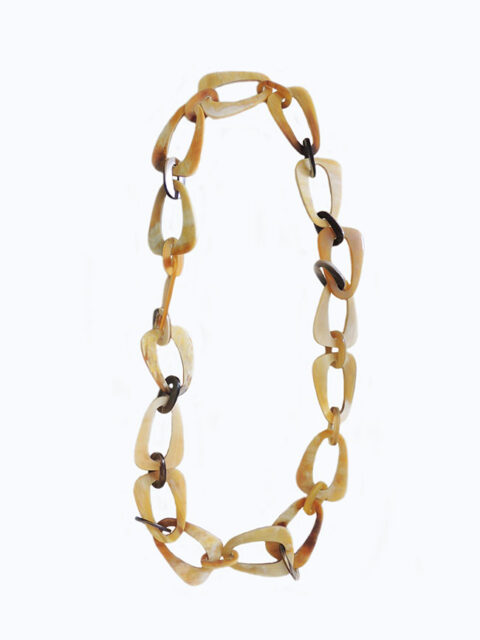 PFL necklace buffalo horn with triangular links with rounded corners and small oval links.