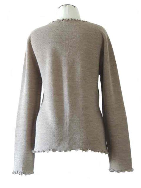 fine knitted beige ruffled cardigan along the hem with in baby alpaca