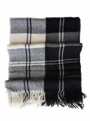 PFL knitwear Scarf, black white plaid pattern