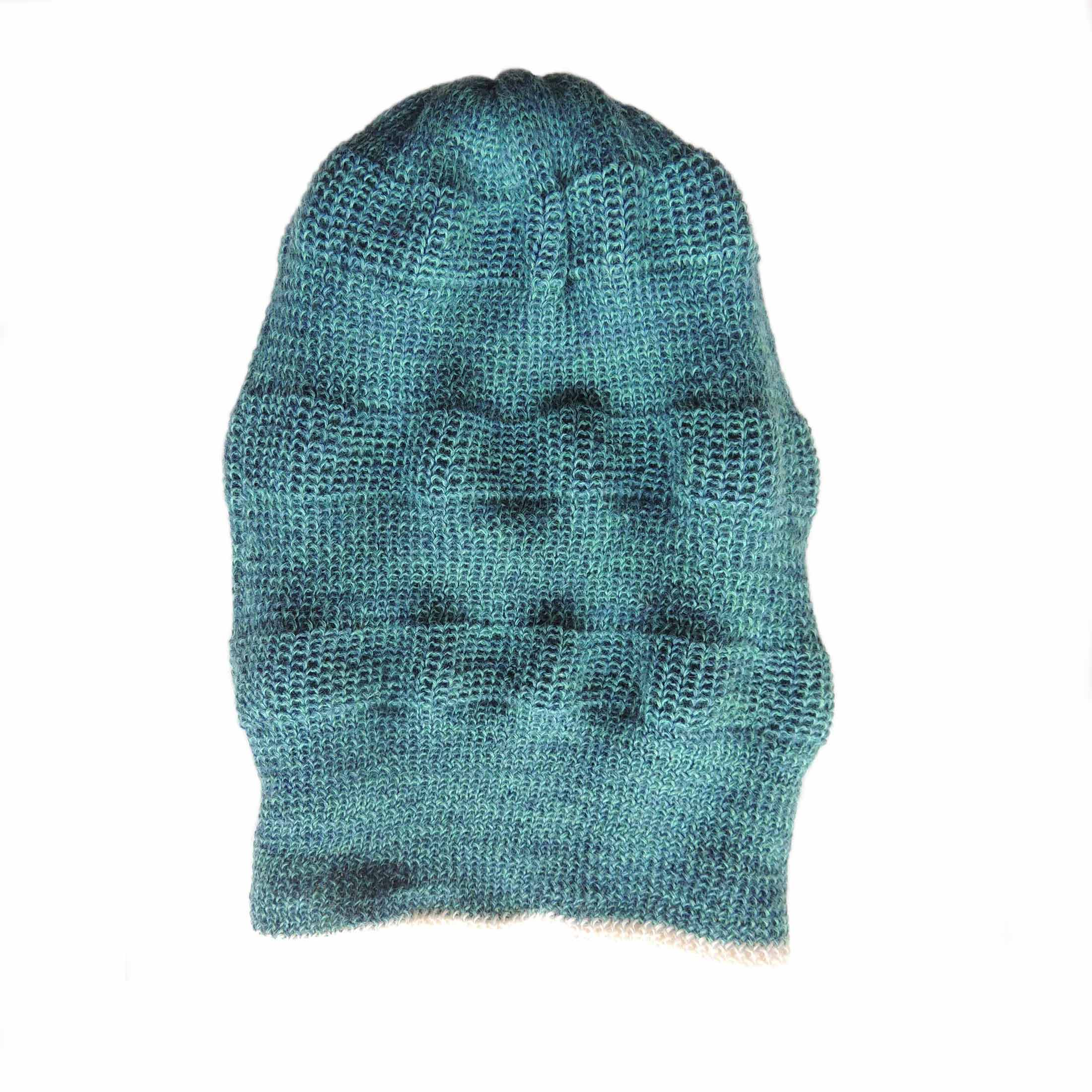 PopsFL knitwear Peru wholesale producer PFL knitwear beanie reversible two colors with relief pattern.