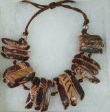 Peruaanse sieraden in vele uitvoeringen en materialen.