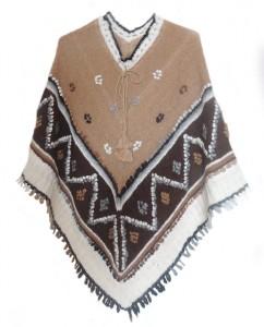 Hand gebreide poncho in 100% alpaca rustica, alpaca wol in zijn natuurlijke kleuren