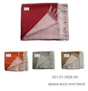 010-01-3008: Plaid in alpaca blend dubbel, omkeerbaar in twee kleuren met franjes.