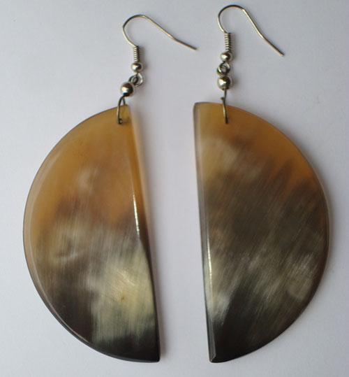 PFL Earrings, crescent figure made of bull horn.