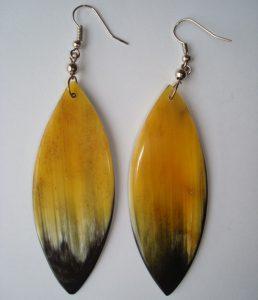 PFL Earrings, leaf shape figure made from bull horn