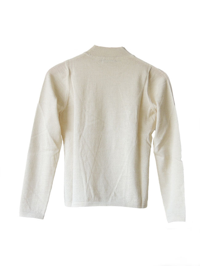 Classic sweaters in solid cream white, conducted in luxury super soft baby alpaca, with round neck.