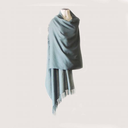 PopsFL Peru wholesale manufactor Fine handwoven shawl / stole solid color or two color pattern with fringes, made in a blend of baby alpaca and silk.