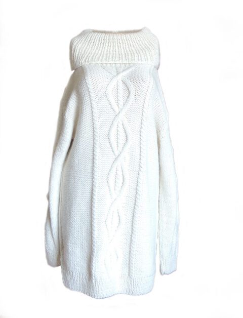 PFL knits long pullover with large lapel collar