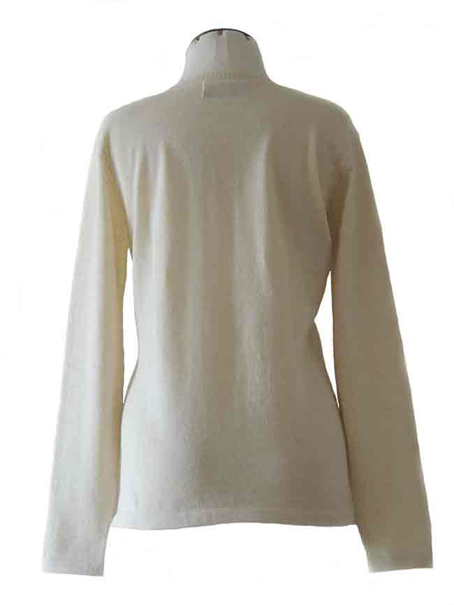 fine knitted white classic sweater with crewneck in baby alpaca