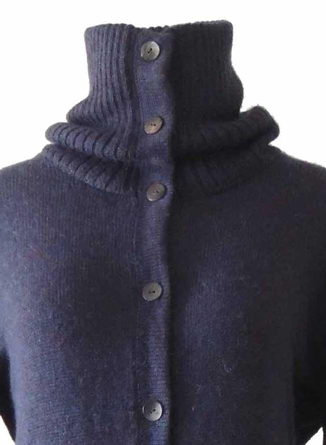 PFL knitwear, cardigan Janirta blue-purple long, with button closure, high closing collar, 100% alpaca.