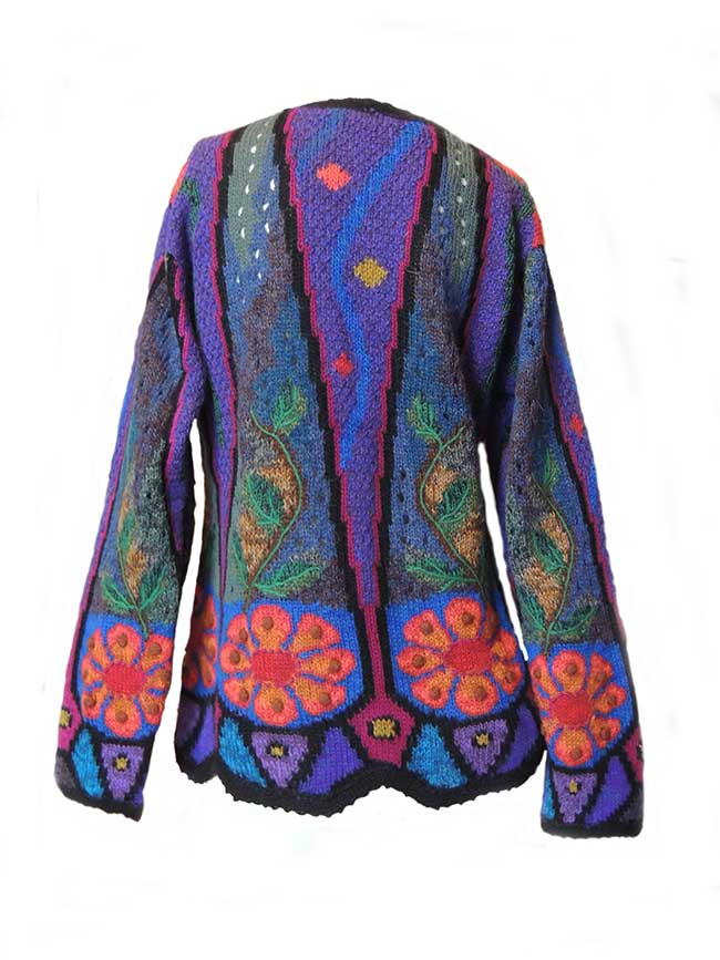 PFL knitwear, cardigan intarsia knitted with flower pattern and embroidered details crew neck and button closure in alpaca.