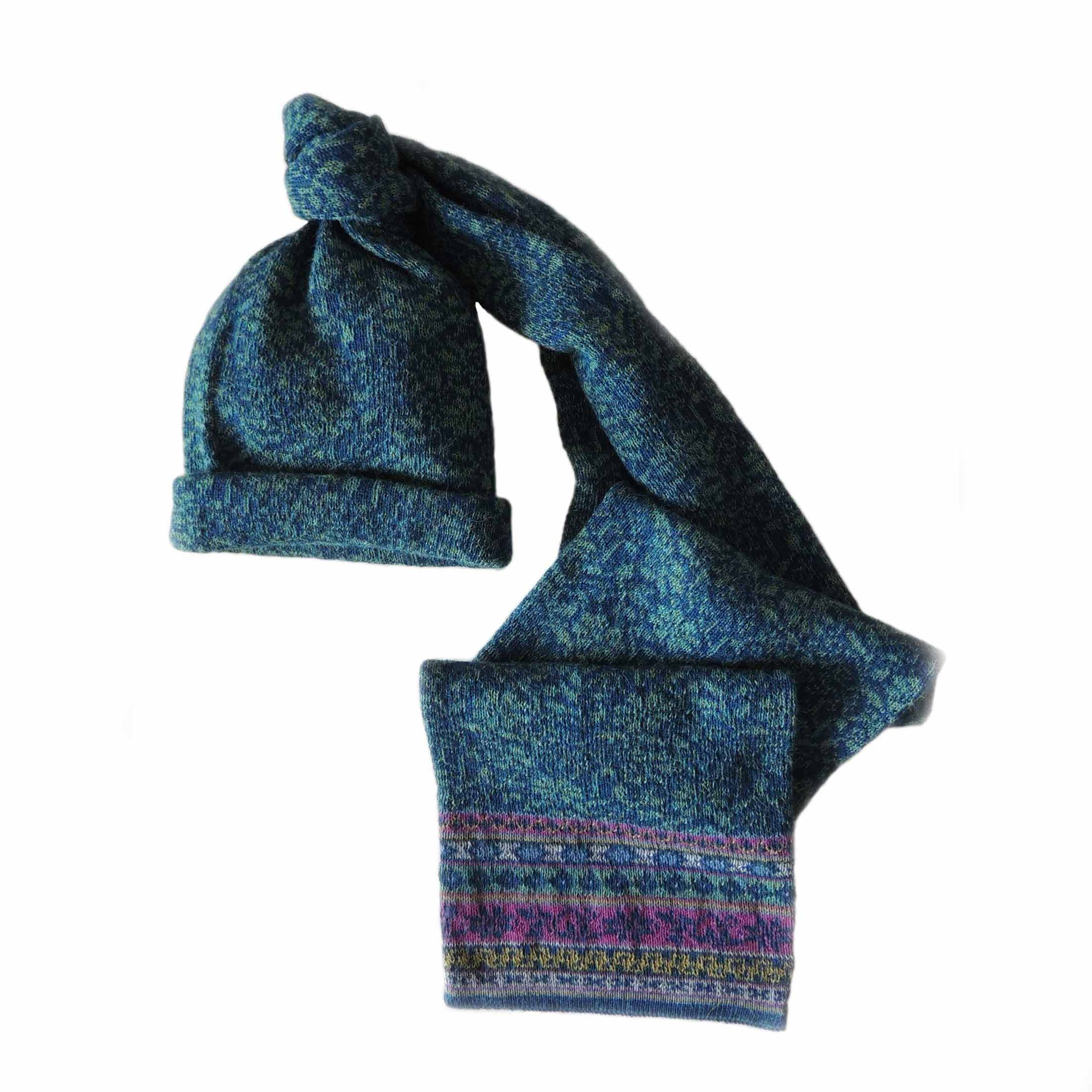 PFL knitwear Double knitted scarf Susan with jacquard flower pattern, in super soft 100% baby alpaca, turquoise blue.