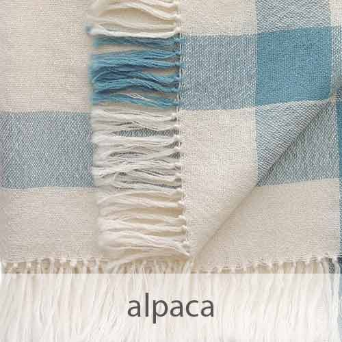 PopsFL knitwear Peru wholesale manufactor handwoven shawls and scarves in alpaca