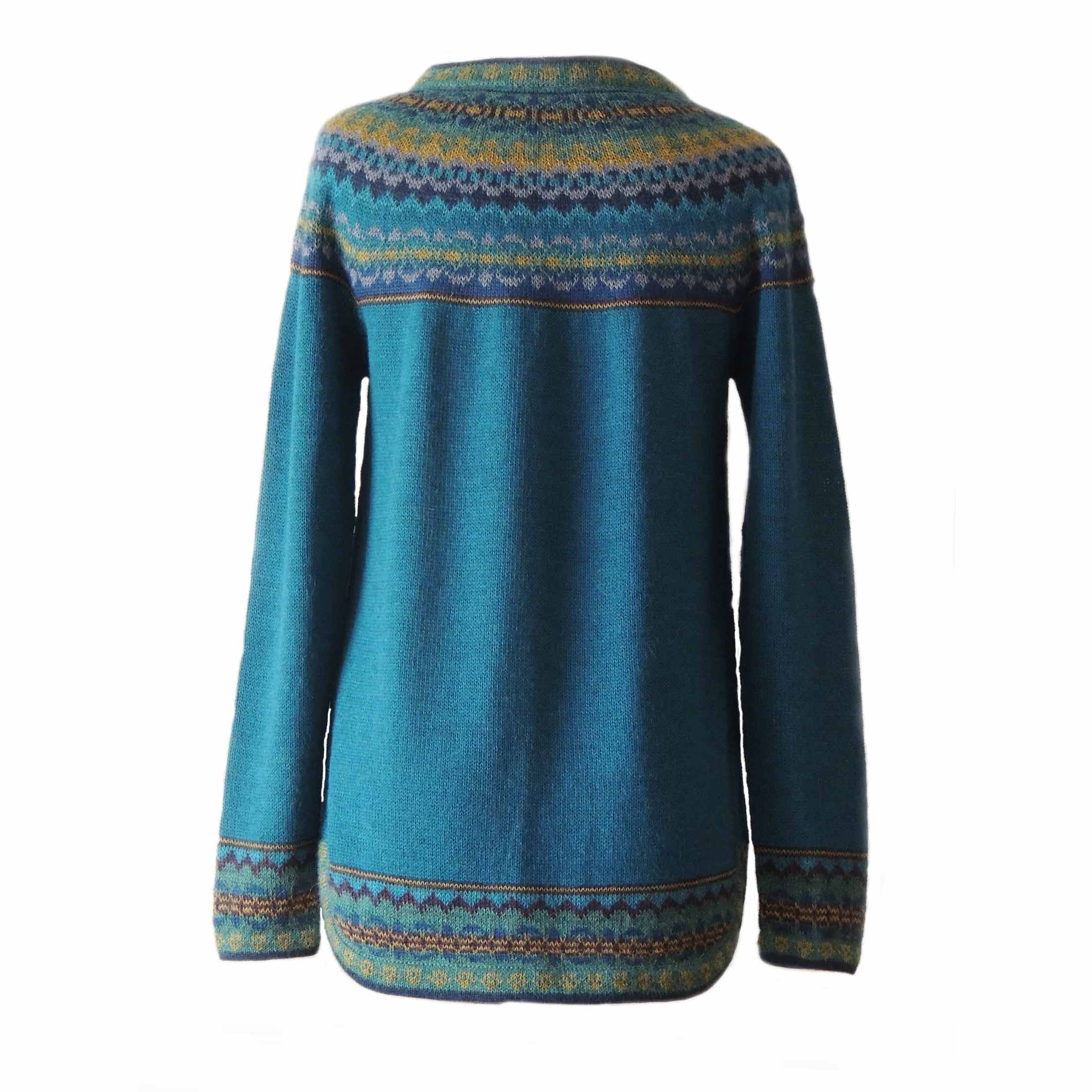 PopsFL knitwear wholesale  women's pullover sweater made in soft 100% alpaca with a symmetrical patterns in amber and different shades